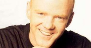 jimmy-somerville-retour-avec-suddenly-last-su-L-2